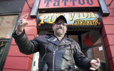 """""""Yo soy la prueba viviente de que la tinta de los tatuajes no provoca cáncer"""""""