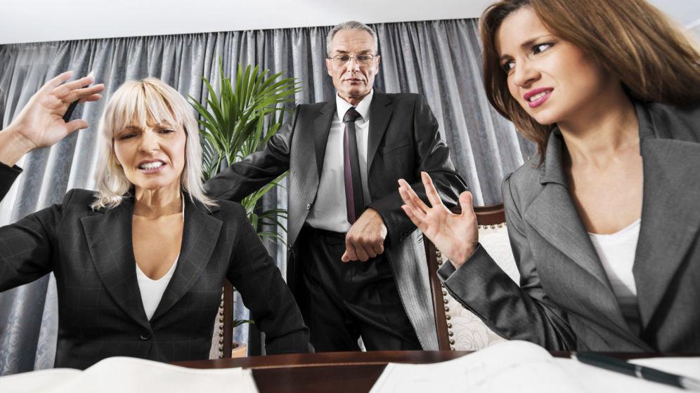 nueve-senales-de-que-tus-companeros-de-trabajo-te-odian