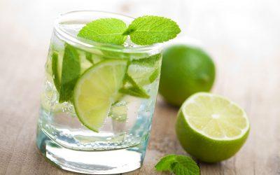 8 bebidas detox para este verano