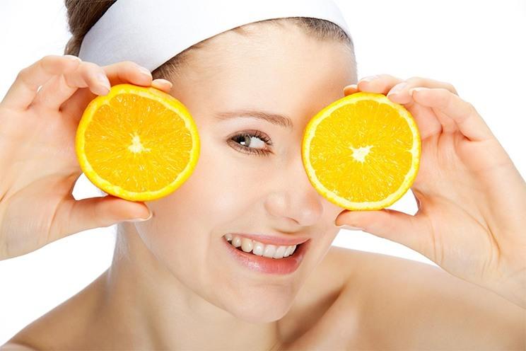 Los alimentos que te pueden ayudar a reducir las arrugas en la piel