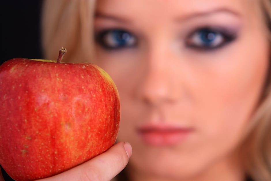 Encuentra la belleza en tu nevera: 5 alimentos que no te pueden faltar
