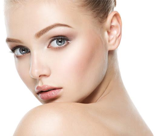 Láseres, la tecnología rejuvenecedora antiaging y anti-manchas del momento y las tecnologías más eficaces para resetear la piel. Incluye Láser 8D