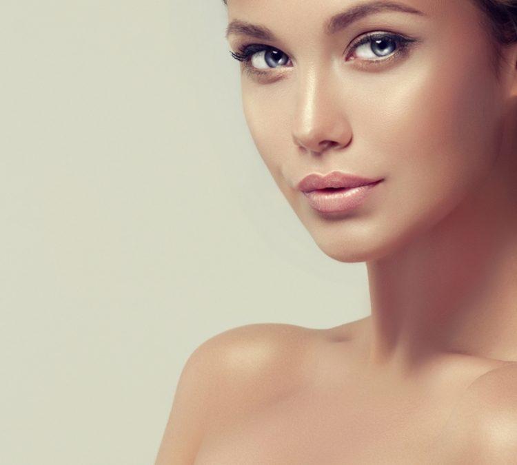 La redensificación dérmica facial reforzar la estructura de la piel y aumentar su densidad