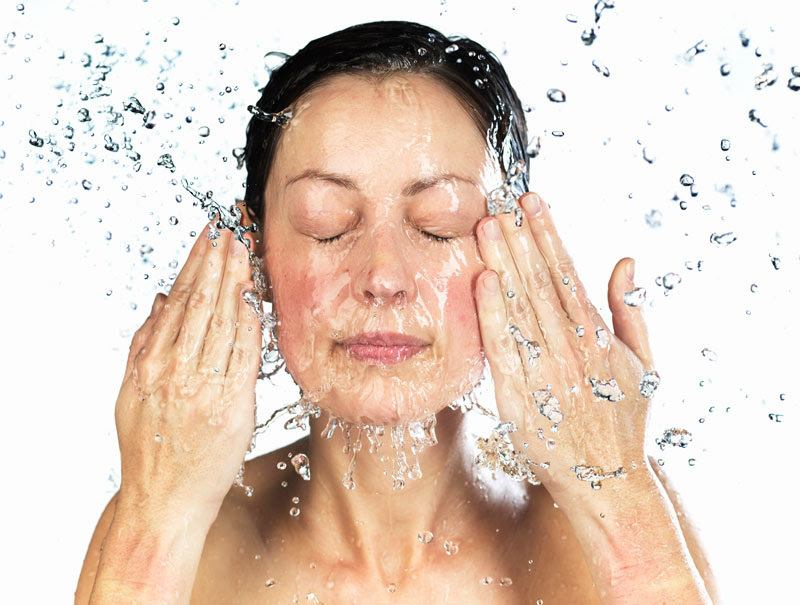 Como conseguir refrescar la piel con las temperaturas elevadas